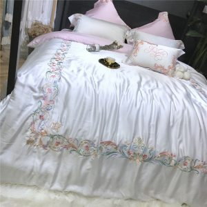 Silky Bed Set
